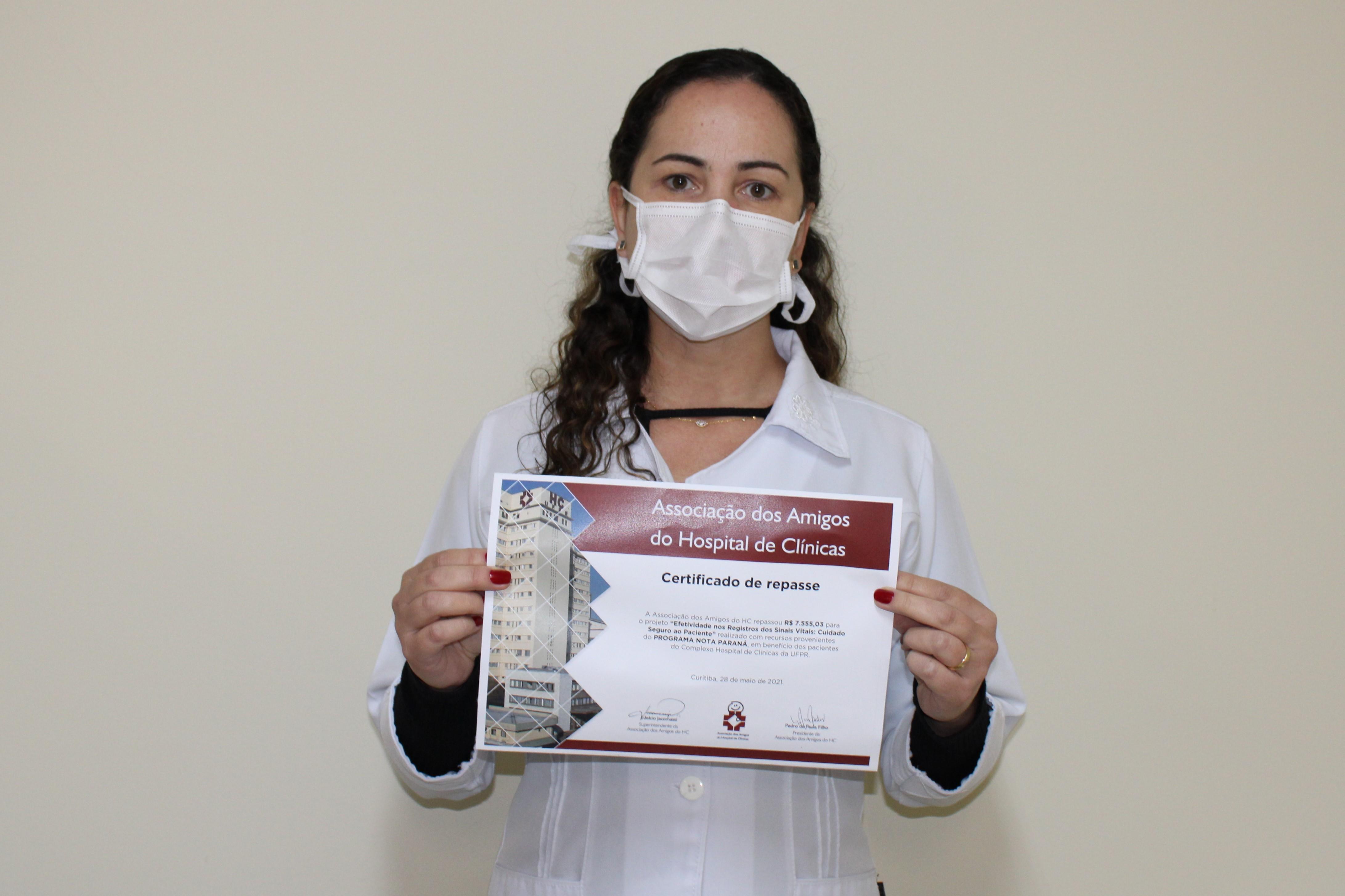 Amigos do HC aperfeiçoam o registro dos sinais vitais de pacientes do Hospital de Clínicas com apoio do Nota Paraná